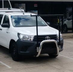 "TOYOTA HILUX NUDGE BAR with removable ""H"" rack-2015 on"