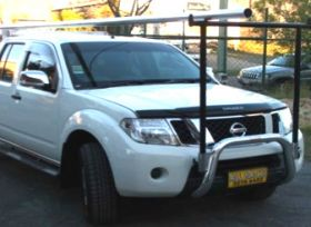 "NISSAN NAVARA NUDGE BAR with removable ""H"" rack"