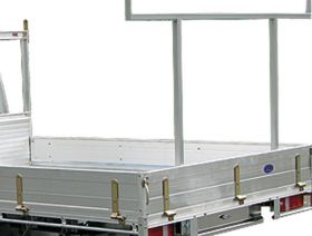 Alloy Tray with Optional rear removable rack - centre mount