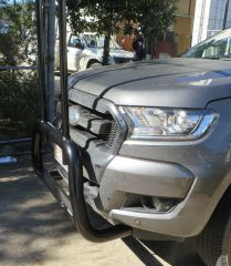 "Ford Ranger Nudge Bar with removable ""H"" rack fitted with Tech Pack"
