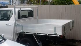 Alloy Tray with Square Headboard